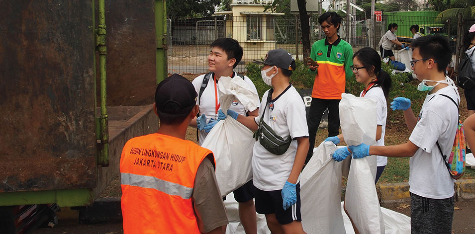 Clean Up Jakarta Day